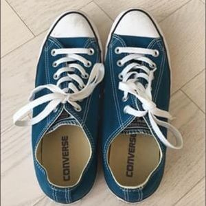 Converse blue Men 7 Women 9